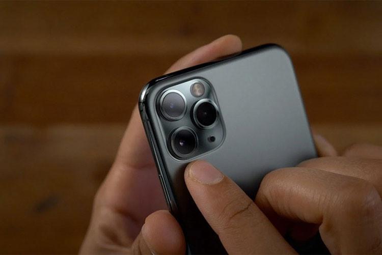 Фотокамера смартфона Apple
