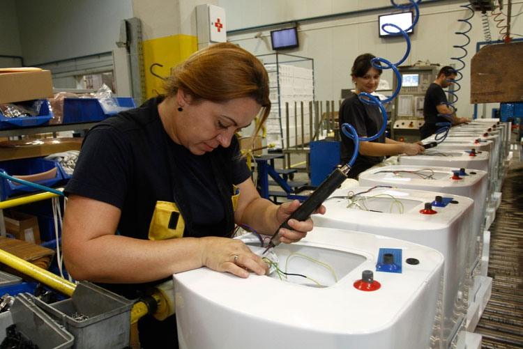 Производство водонагревателей на заводе Gorenje Tiki d.o.o. в Сербии