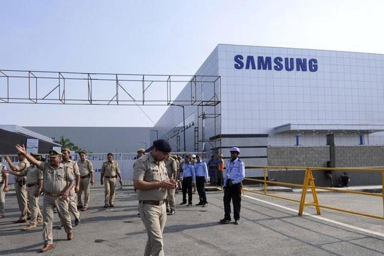 Завод смартфонов Samsung в Индии