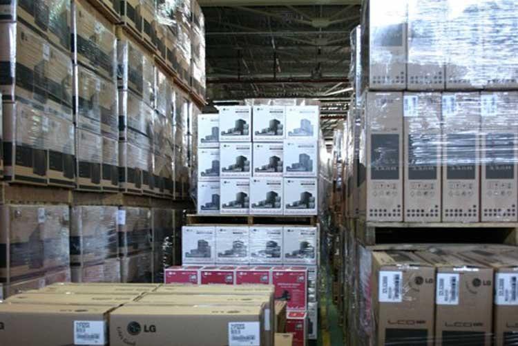 Излишки на складах производителей телевизоров