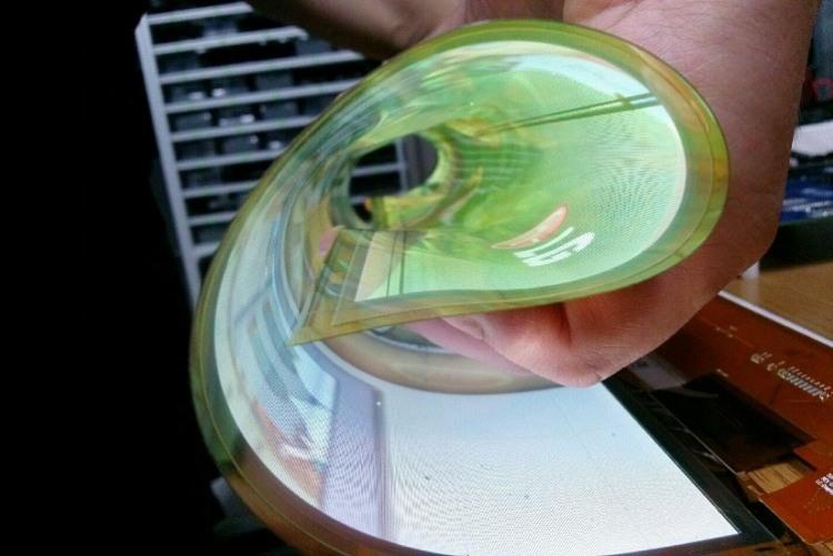Скручивающийся OLED-телевизор LG