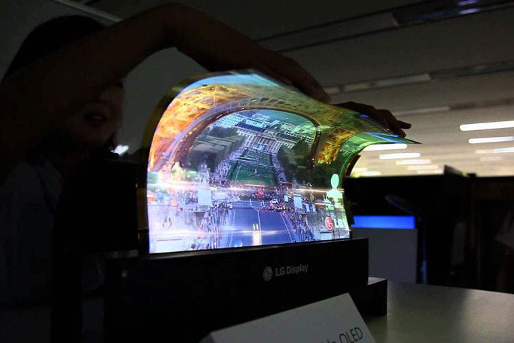 Гибкий экран рулонного телевизора LG