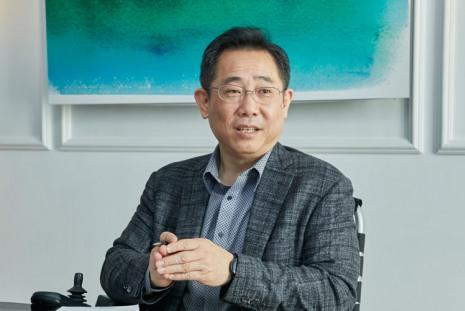 Ы Сок Чонг (Eui-Suk Chung)