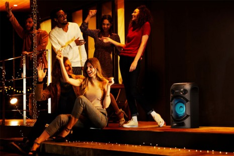 Sony MHC-V21D с мощным звуком