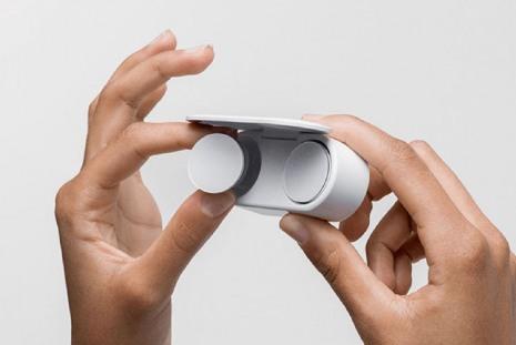 Компактные беспроводные наушники Microsoft Surface Earbuds