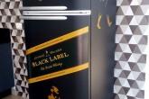 Холодильник в стиле Johnnie Walker black label